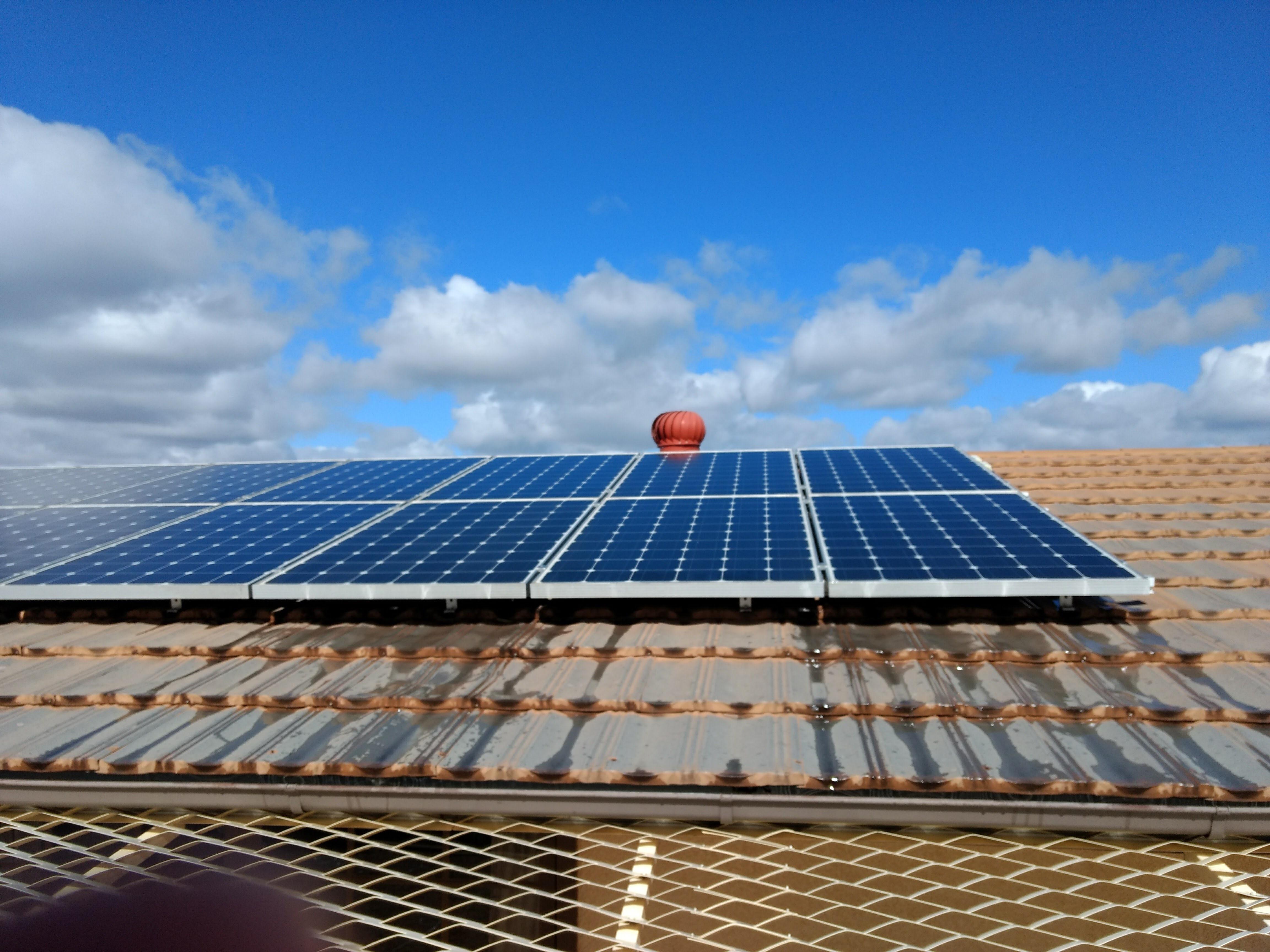 Solar- Panel-Clean- Berri